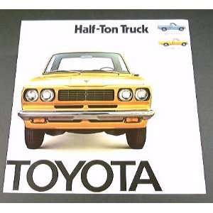 1974 74 TOYOTA HALF TON Pickup TRUCK BROCHURE Long Bed