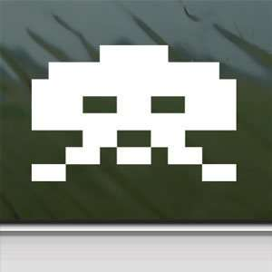 Space Invader White Sticker Wii Car Vinyl Window Laptop White Decal