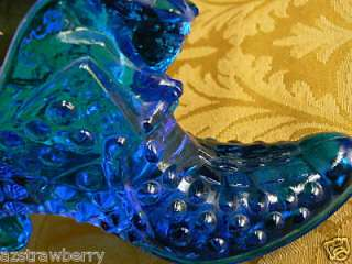 FENTON COBALT BLUE HOBNAIL GLASS SHOE SLIPPER WITH CAT